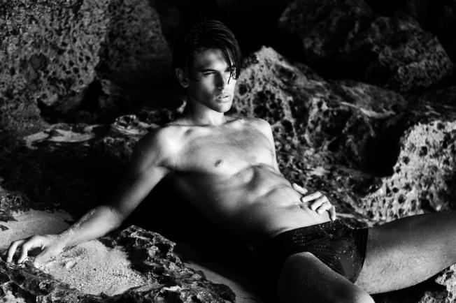 Alejandro-Rosaleny-Anton-Jhonsen-Dailymalemodels-06