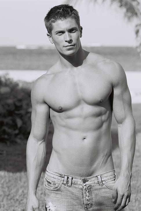 David-Pullman-Fitness-Model-01