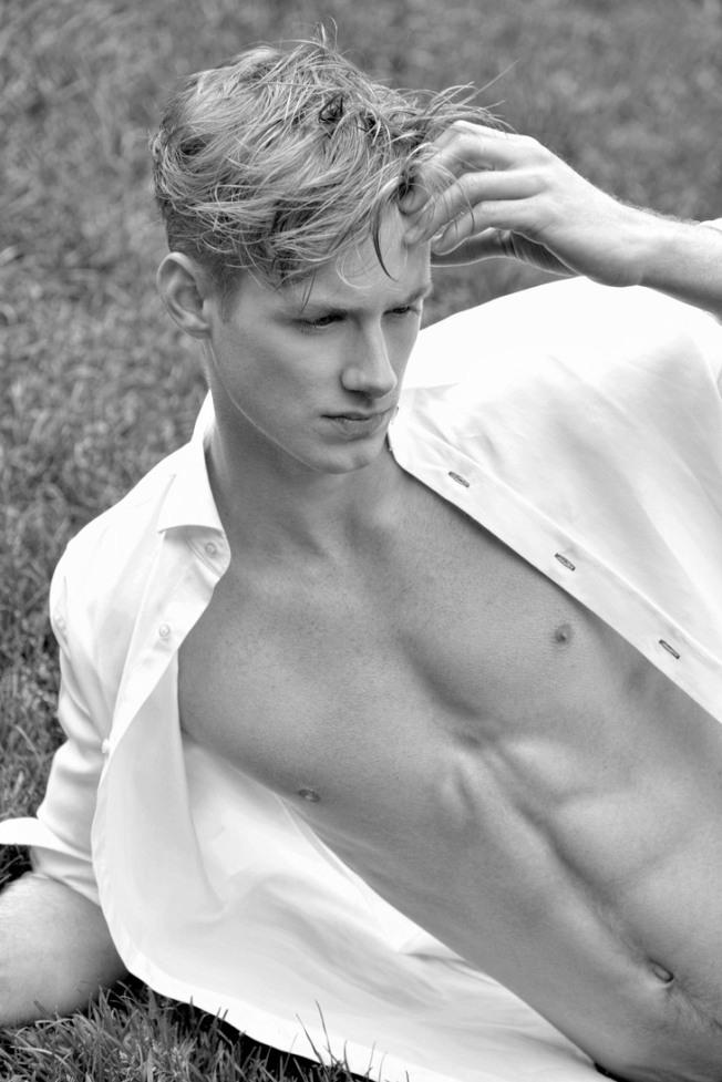 Max-Bernt-David-Brad-Dailymalemodels-05