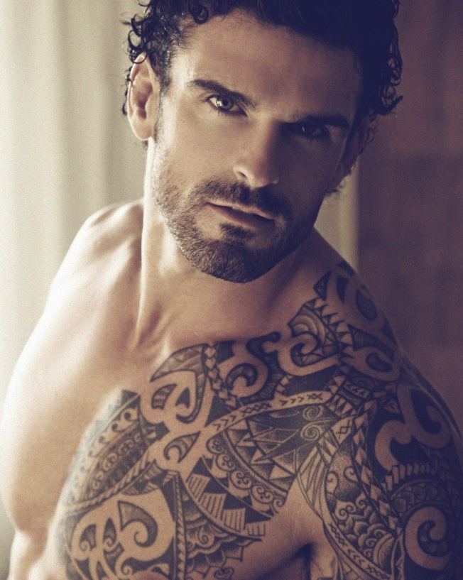 Stuart-Reardon-by-Thomas-Synnamon-4