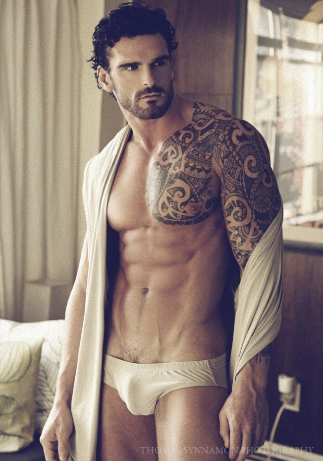 Stuart-Reardon-by-Thomas-Synnamon-5