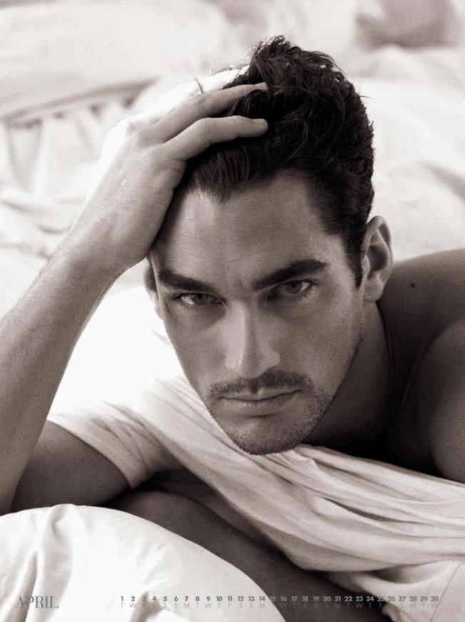 Daily-Fix-David-Gandy-male-models-19185018-800-1069