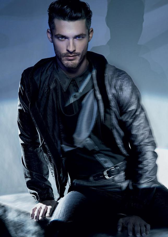 Giorgio-Armani-Spring-2011-Campaign-Ben-Hill-male-models-20258042-800-1130